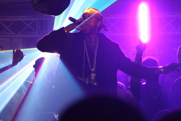 LIVE-performance-close-2chainz-620x413.jpg